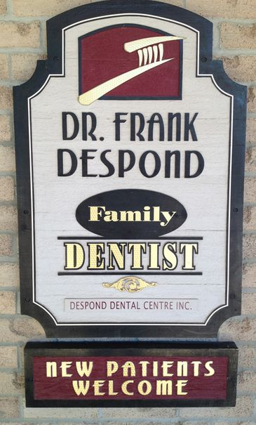 Family dentist sign